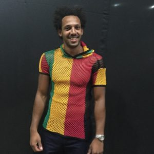 String Top with hood - Rasta